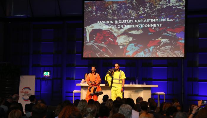 新創企業Dutch Awearness設計可百分之百回收的工作服